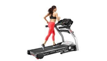 woman running bowflex treadmill