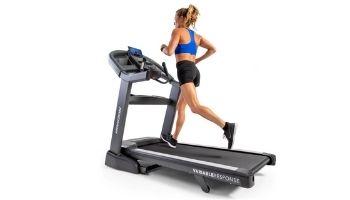 woman running horizon treadmill 7.8